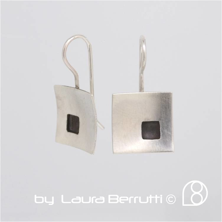 stelring earrings brushed satin texture square black  laura berrutti minimalistic minimal design cool simple, handmade, portland, oregon, uruguay, montevideo