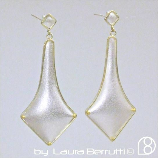 dangle gold sterling texture minimalist princess long wedding bride laura berrutti square minimal wedding party elegant sofisticated